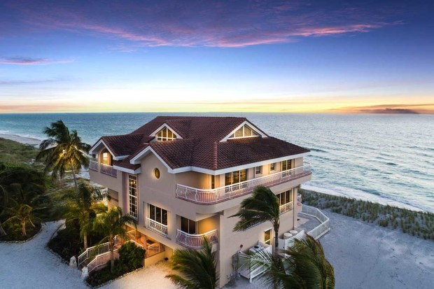 Heritage Auctions Siesta Key Sarasota Florida real-estate