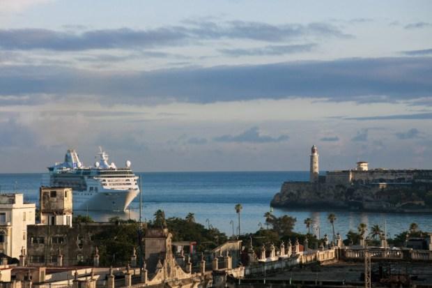 Royal Caribbean International-CUBA