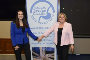 DDF President and Founder Debbie Zelman and Rep. Ileana Ros-Lehtinen (R-FL) during DDF's 5th Annual Stomach Cancer Capitol Hill Advocacy Day. (PRNewsfoto/Debbie's Dream Foundation: Curi)