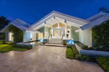 This waterfront estate is scheduled for sale at luxury auction® on August 26, 2017. The residence is located within The Sanctuary of Boca Raton, an upscale waterfront community in Palm Beach County, Florida that has been rated as one of the nation's most exclusive by Forbes magazine. Platinum Luxury Auctions, a Miami-based firm specializing in multimillion-dollar auction sales, is exclusively managing the sale on behalf of the property owner. Discover more at SanctuaryLuxuryAuction.com. (PRNewsfoto/Platinum Luxury Auctions LLC)