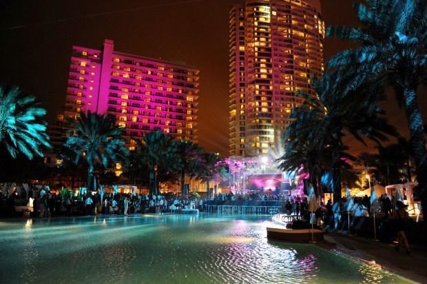 Fontainebleau Miami Beach - NYE Party