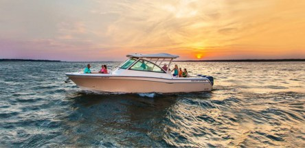 Test drive your favorite Grady-White boat model on Dec 8th through Dec 10th! (PRNewsfoto/Ingman Marine)