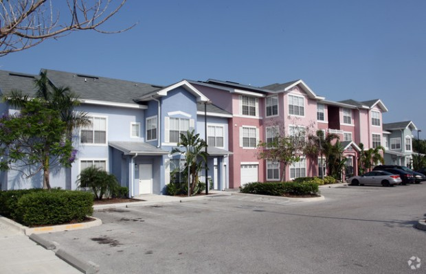 royal-palm-terrace-apartments-bradenton-fl-primary-photo