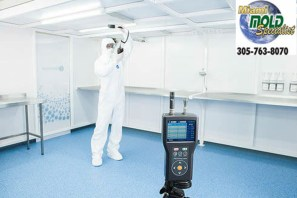 Indoor Air Particle Counter in Action (PRNewsfoto/Miami Mold Specialists)