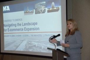 Moderator Dina Maloney kicks off the workshop (PRNewsfoto/Miami International Airport)