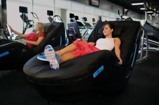 HydroMassage Lounge (PRNewsfoto/HydroMassage)