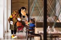 Make fun memories at the resort's on-site Good Morning Breakfast with Goofy & His Pals. (PRNewsfoto/Four Seasons Resort Orlando)