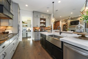 """MasterCraft Builder Group's San Sebastian model in Madeira wins Parade of Homes the coveted """"Judge's Overall High Score"""" award (PRNewsfoto/MasterCraft Builder Group)"""