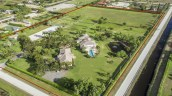 This impressive equestrian property in Wellington, Florida will be sold at a live auction this Saturday, May 5th. Named Kismayo Farm, the 14.3-acre estate was recently asking $8.7 million, but will now be sold to the highest bidder at or above $3 million. Luxury auction® firm Platinum Luxury Auctions is managing the sale in cooperation with listing brokerage Southfields Real Estate. Learn more at WellingtonLuxuryAuction.com. (PRNewsfoto/Platinum Luxury Auctions LLC)