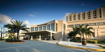 Jackson Memorial Hospital Main Entrance (PRNewsfoto/Royal Philips)