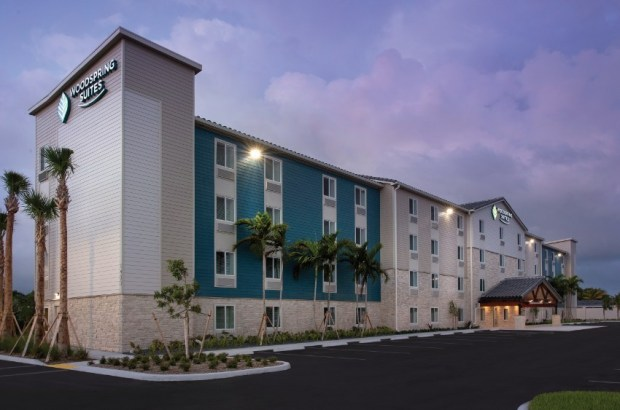 WoodSpring-Suites-Deerfield-Beach-Exterior